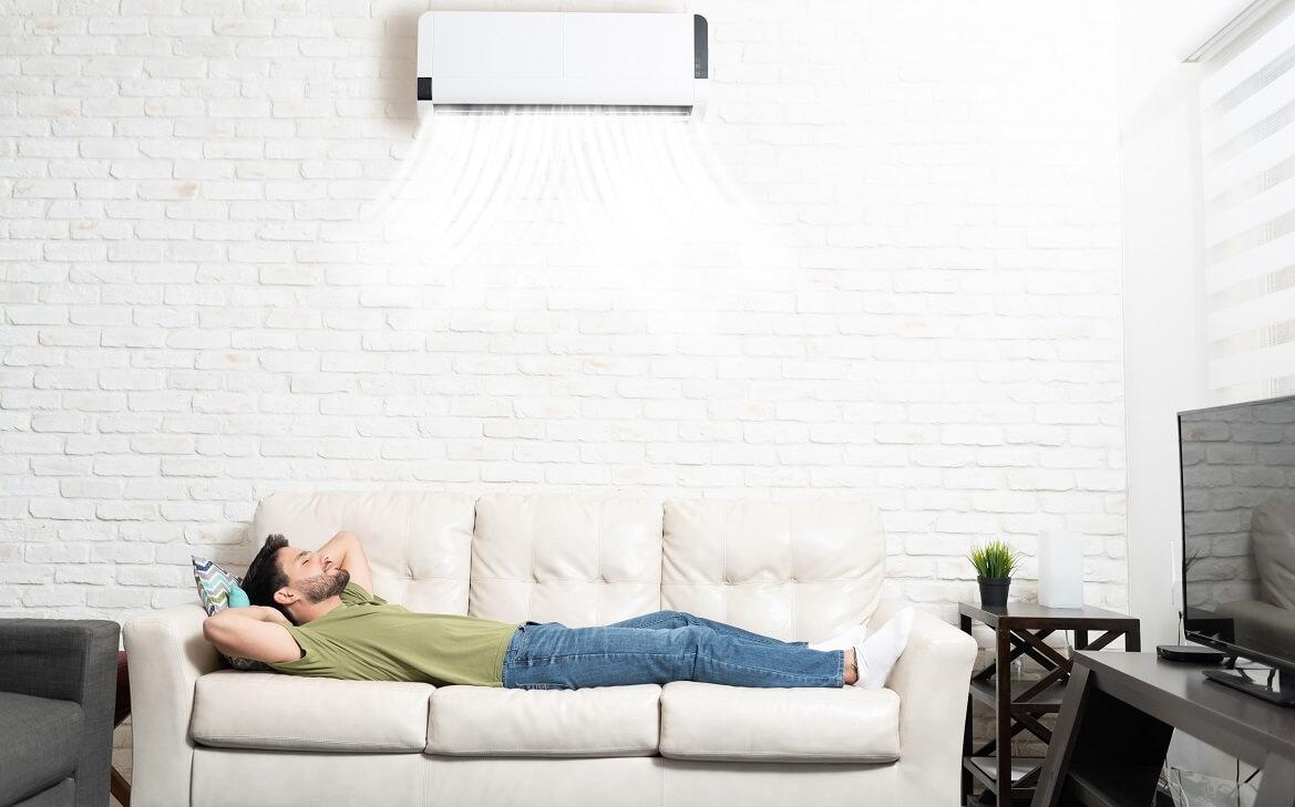 האם המזגן עוזר לנו לישון טוב יותר