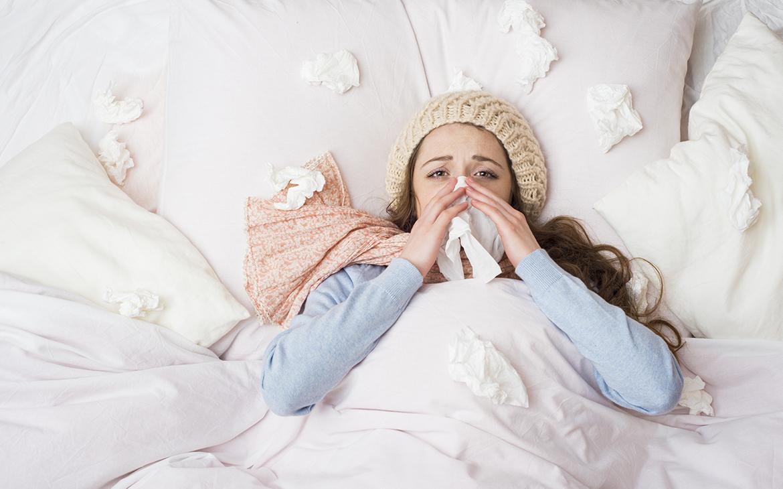 הקשר בין שפעת ושינה