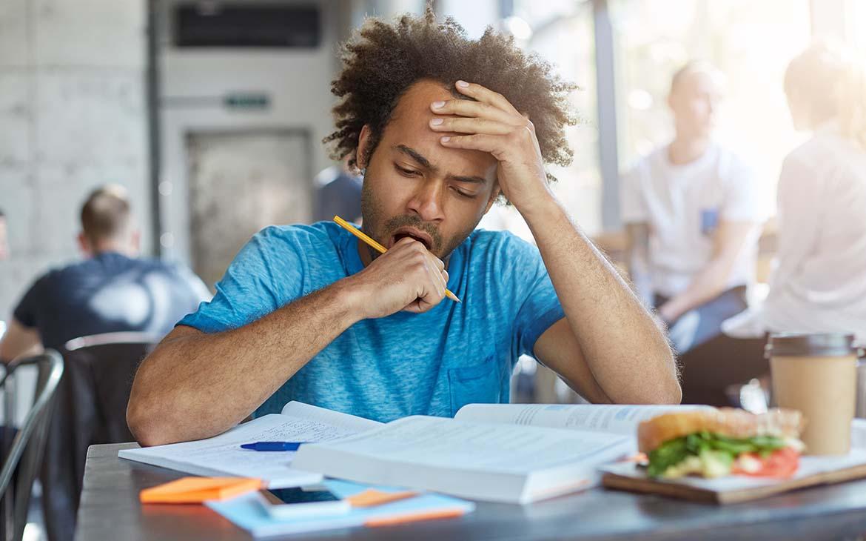 עייפות אחרי האוכל