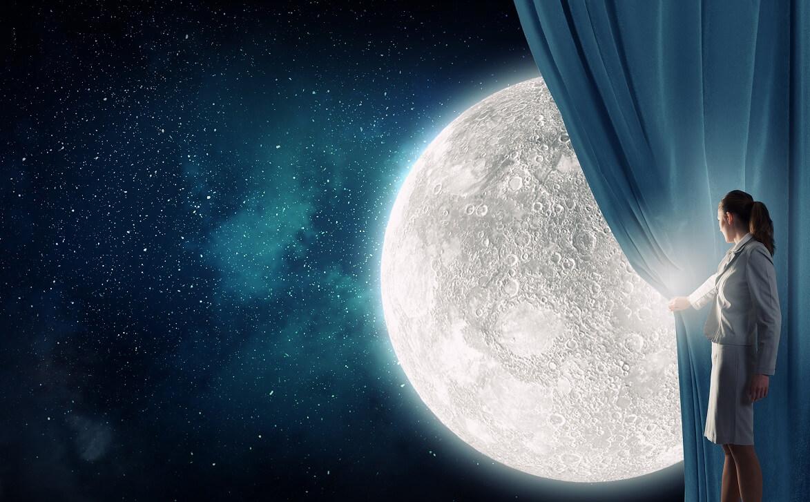 השפעת ירח מלא על השינה שלנו