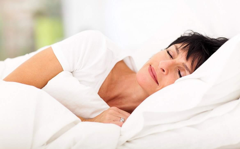 כיצד משפיעה שינה על מערכת החיסון