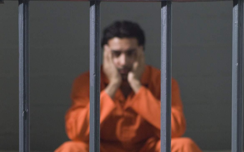 כמה זמן ישן אסיר